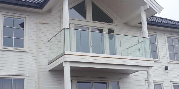 stolpefritt-glassrekkverk (13)