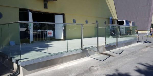stolpefritt-glassrekkverk (15)