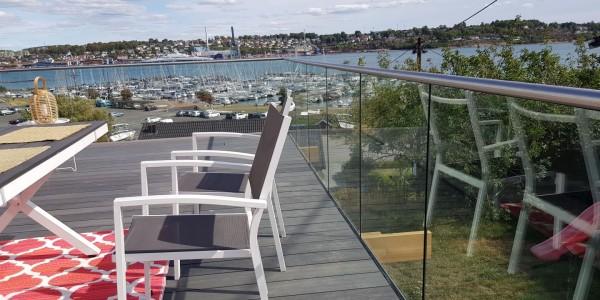 stolpefritt-glassrekkverk (18k)