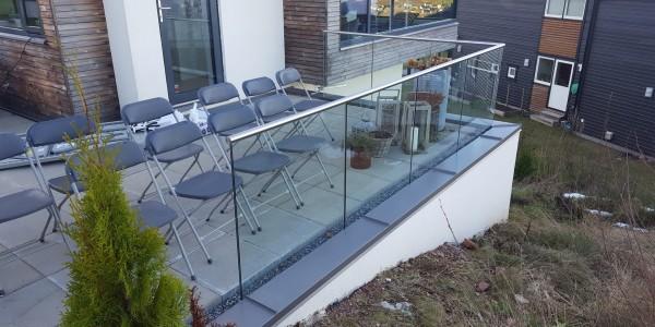 stolpefritt-glassrekkverk (20)