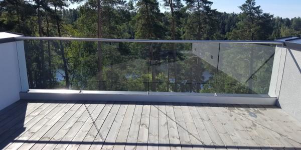 stolpefritt-glassrekkverk (25)