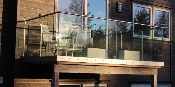 stolpefritt-glassrekkverk (34)