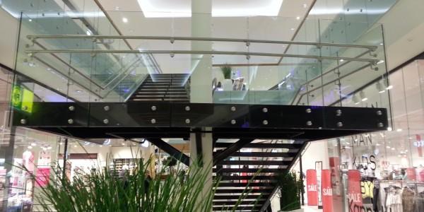 stolpefritt-glassrekkverk (56)