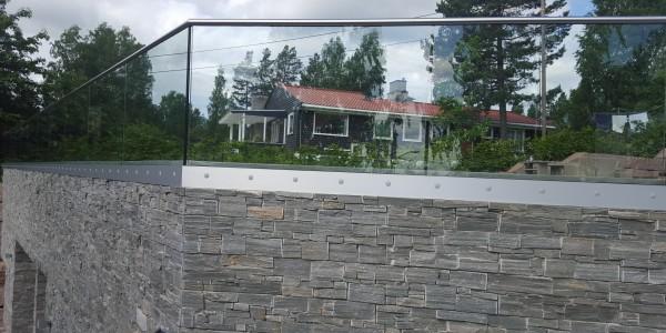stolpefritt-glassrekkverk (58)